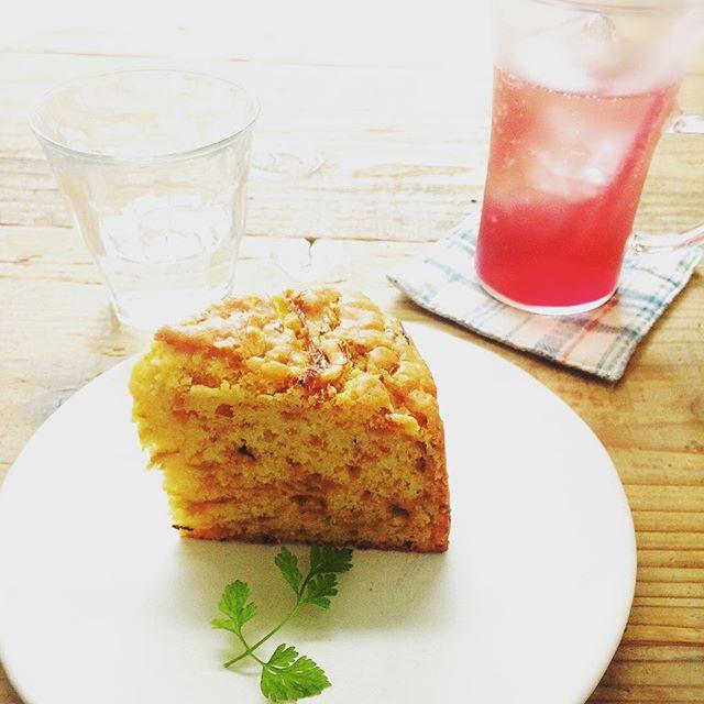 本日12(月)もお休みを頂いております。13(火)より通常営業です。ご不便をおかけ致します、よろしくお願い致します玉ねぎのパウンドケーキ#スゥレッドカフェ今月のお休み #スゥレッドカフェ営業時間変更