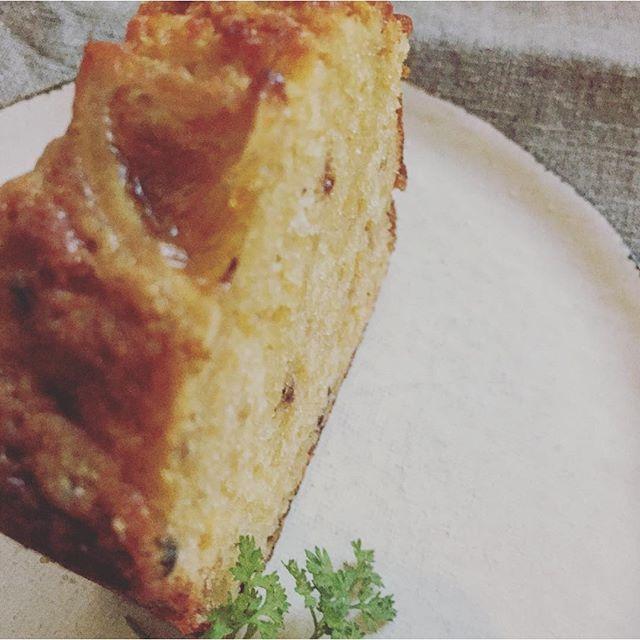 レモンとスパイスジンジャーのパウンドケーキ。ジンジャーの風味が豊かなパウンドケーキ。🍋自家製のシロップに漬けこんだレモンがアクセント。#スゥレッドカフェスイーツ#スゥレッドカフェ定番