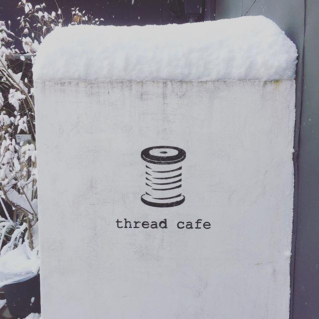 本日、雪の為に営業時間を変更しております。ご迷惑をおかけいたします。本日営業時間.11:00~16:30(LO/16:00).よろしくお願い致します。#スゥレッドカフェ営業時間変更 #スゥレッドカフェ